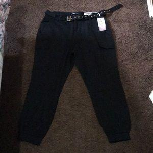 Pants - Women's 2X joggers